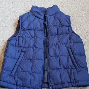 Uniqlo boys vest. Size 7-8